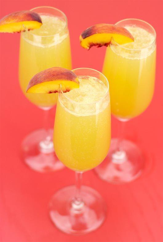 Peach Bellinis | Brunchy brunch. | Pinterest