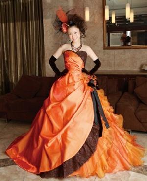 halloween wedding dress in orange and black On black and orange wedding dresses