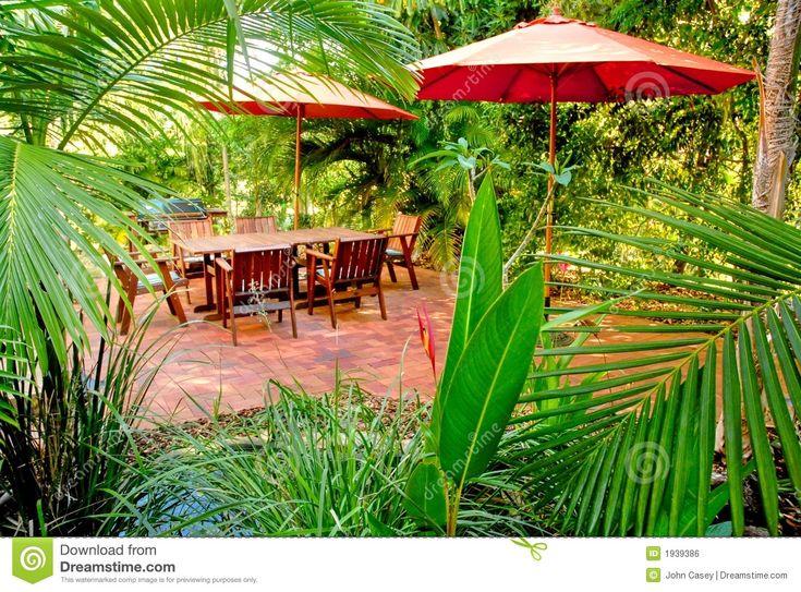 Backyard Hawaiian Luau : Tropical Backyards  Tropical backyard garden setting