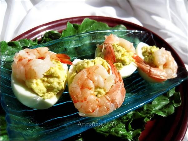 Deviled Eggs With Shrimp Filling (Krevetitäidisega Munad) | Recipe