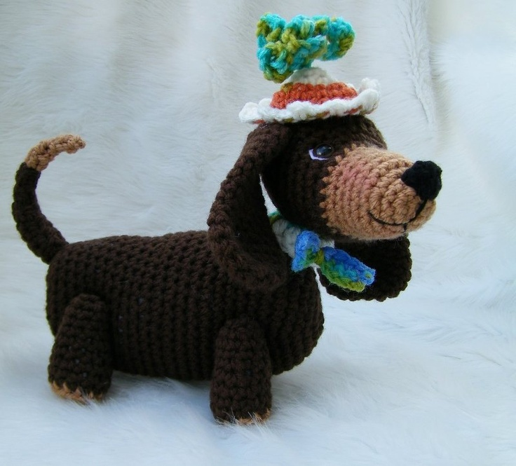 Crochet Patterns Dog : Dachshund Dog Toy Crochet Pattern. Amigurimi Animals Walk Pintere ...