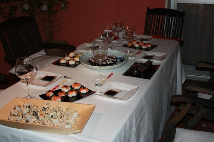 Cena post-taller nocturno de sushi. Que bien lo hicieron nuestros alumnos!