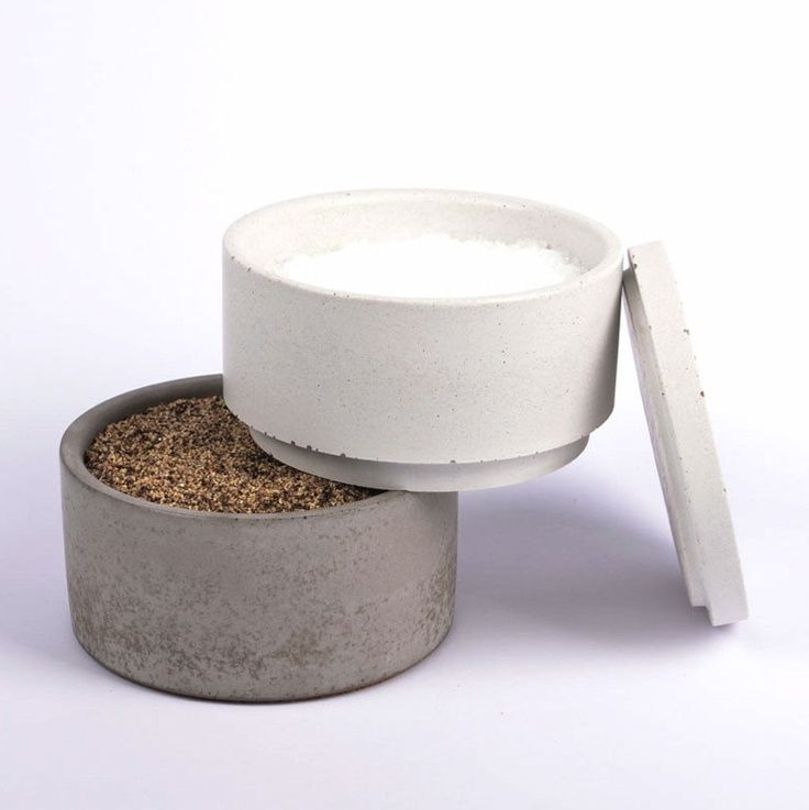 stacking salt and pepper containers salt pepper