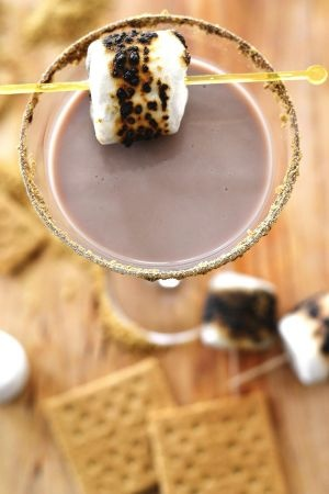 Smoretini! Yum. | It's always Happy Hour somewhere in the world | Pin ...