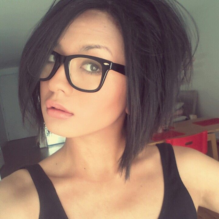 Hairstyles For Long Hair With Glasses : shoulder length bob love the glasses too