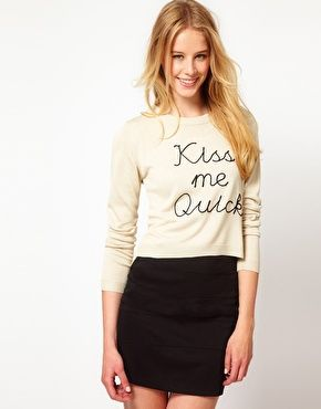"""""""Kiss me quick"""" sweater."""