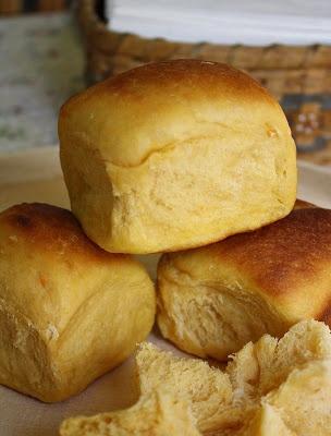 Jane's Sweets & Baking Journal: Sweet Potato Pull-Apart Dinner Rolls