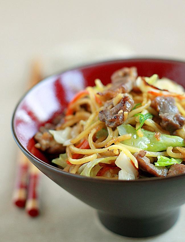 Yakisoba (Japanese fried noodles). | / Food / | Pinterest