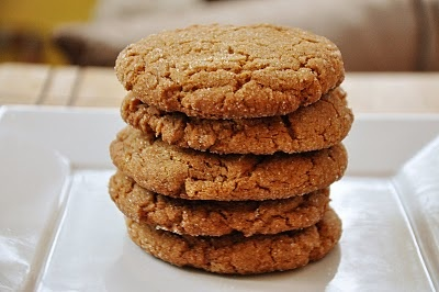 ginger molasses cookies | christmas food and drink and dessert | Pint ...