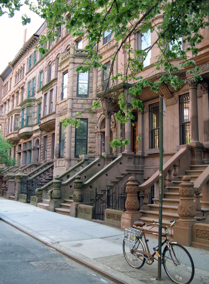 manhattan brownstones nyc manhattan abodes pinterest. Black Bedroom Furniture Sets. Home Design Ideas