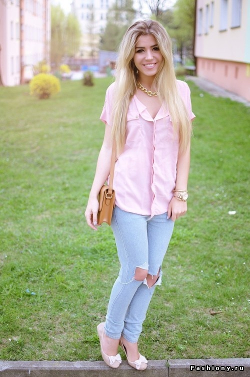 What To Wear With Light Pink Shirt | Is Shirt