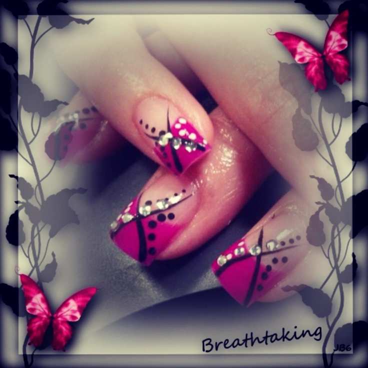 Nails by Loretta Nelson she is working in a salon in St. George Utah