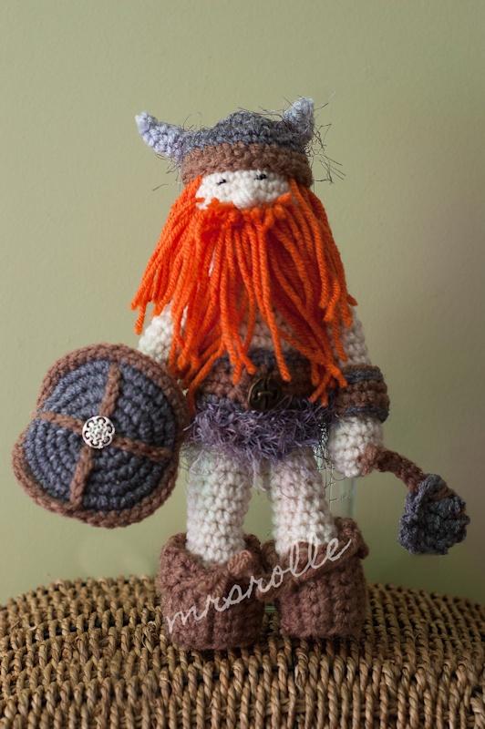 Crochet Viking Doll - Amigurumi Ami Crochet Pinterest