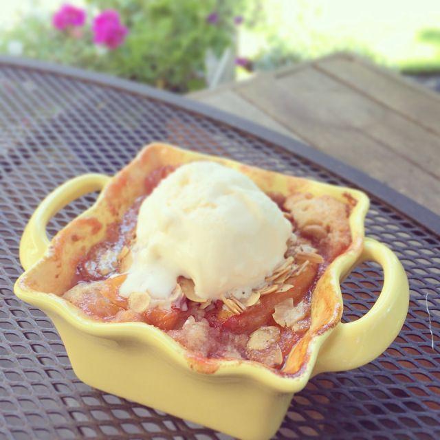 Brown Butter Nectarine Cobbler/Cake | Yum yum yum | Pinterest
