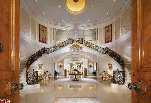Inside candy spelling mansion rich famous homes for Inside homes rich famous