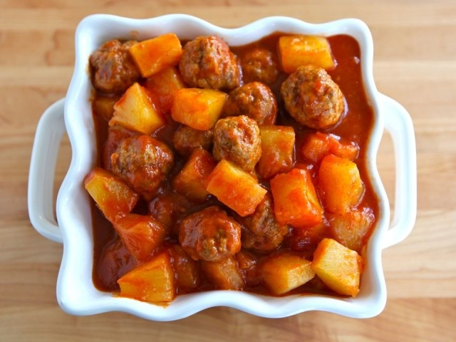 Sweet and Sour Meatballs These are very yummy. My meatballs kind of ...