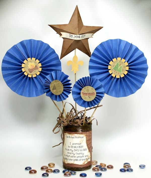 Blue and Gold Dinner Centerpieces