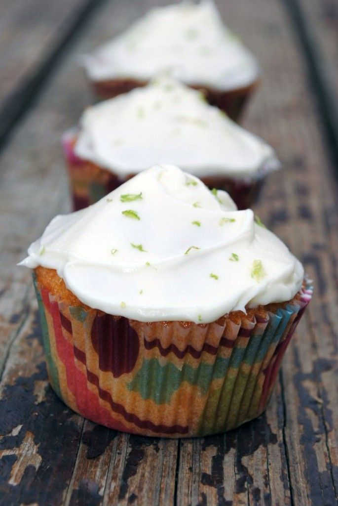 Key Lime Cupcakes--a little bit of summer vacation comes to our ...