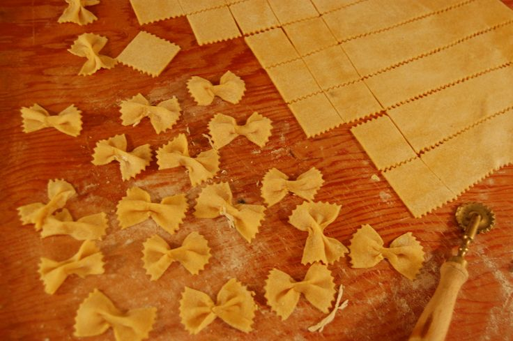 pine nuts farfalle with golden beets and pine nuts parsley and pine ...