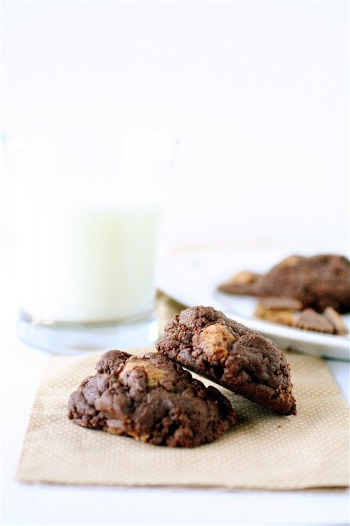 Chocolate Peanut Butter Cup Cookies | Food | Pinterest