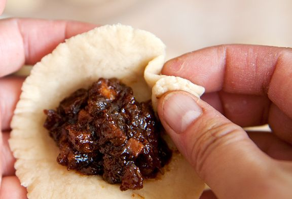 Chinese Char Siu Bao (Barbecue Pork Buns). Use vegetarian oyster sauce ...