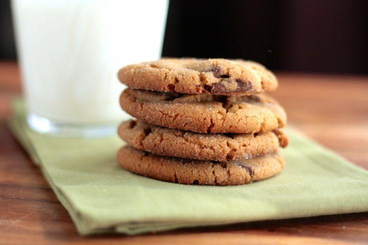 Peanut butter chocolate chunk cookies | Food! | Pinterest