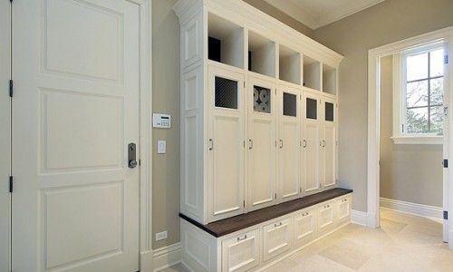 Mudroom-like the locker doors and drawers to hide everything