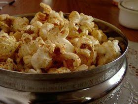 Indian Cuisine: Mokkajonna Karam Pelalu ~ Spicy Popcorn