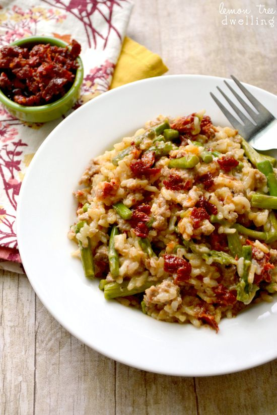 ... Tomato Asparagus Risotto - just 6 ingredients and 1 pot! (no sausage