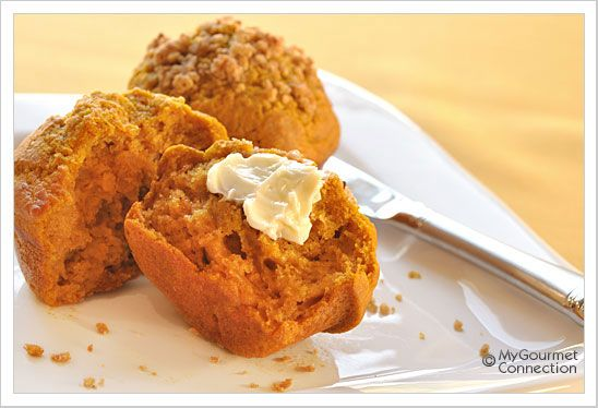 Pumpkin Spice Muffins w/Crunchy Cornflake Topping-- Just remember to ...