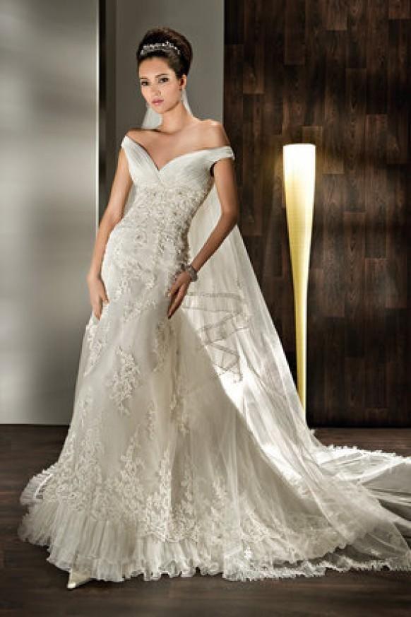 Demetrios Wedding Dresses Suggestions : Demetrios ultra sophisticates wedding dresses