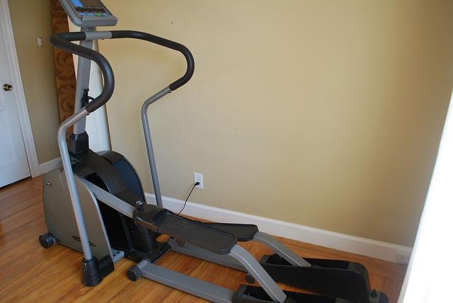Vision fitness x6600 hrt elliptical trainer review images for Miroir elliptique