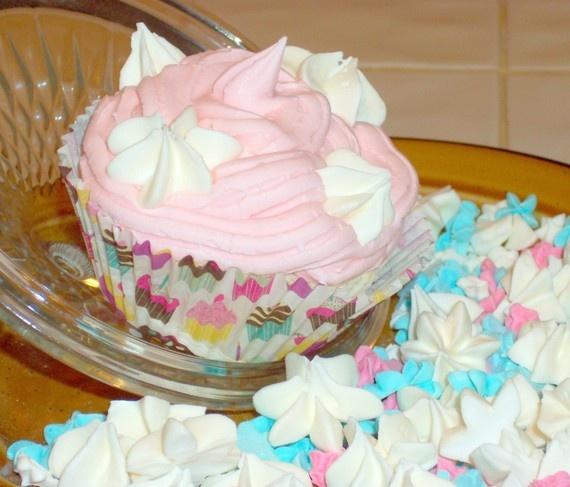 cupcake bath bomb- handmade | DIY Bath and Body | Pinterest