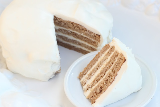 Low Carb Pecan Spice Cake & Cream Cheese Frosting | Maria's Nutritiou...