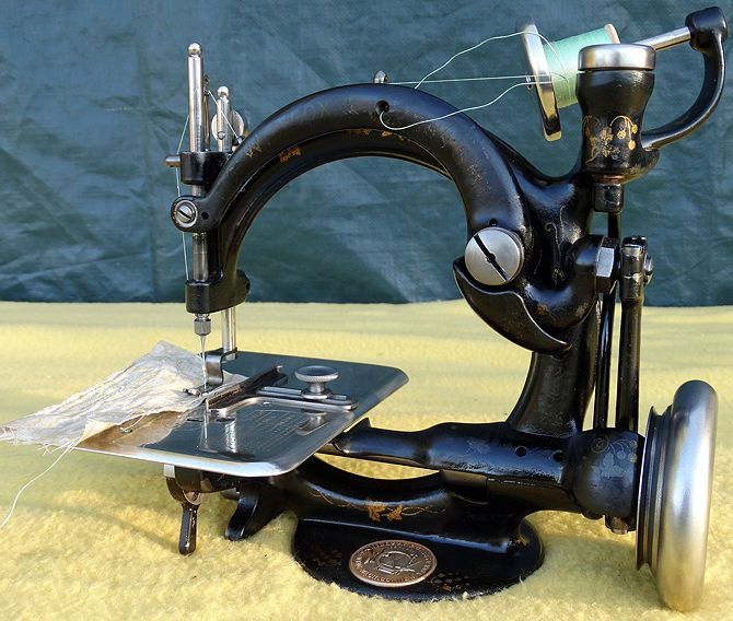 sewing machine automatic tension