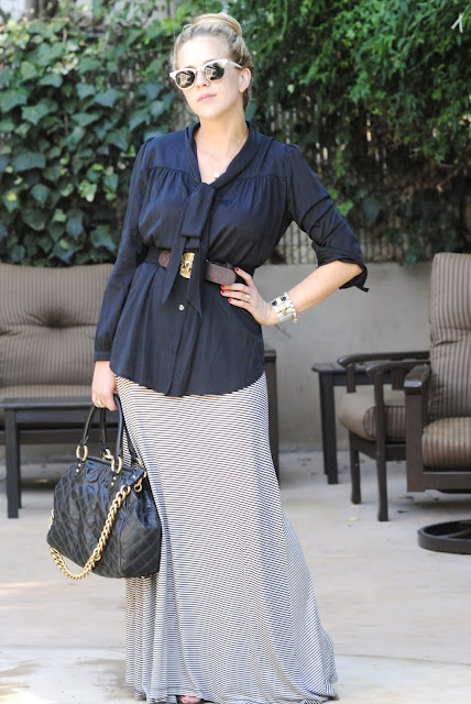 of fashion maxi skirt at work style