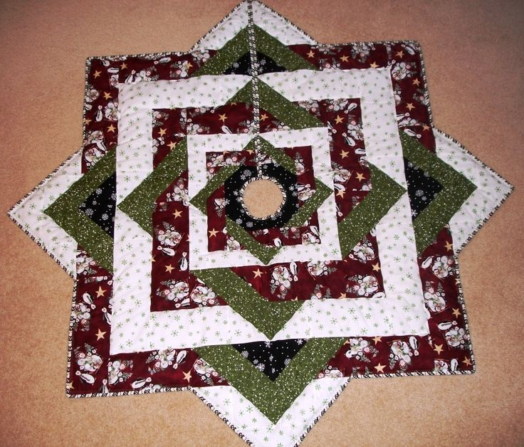 Quilted Christmas Tree Skirt Pinterest : cute quilted tree skirt Christmas decorations Pinterest