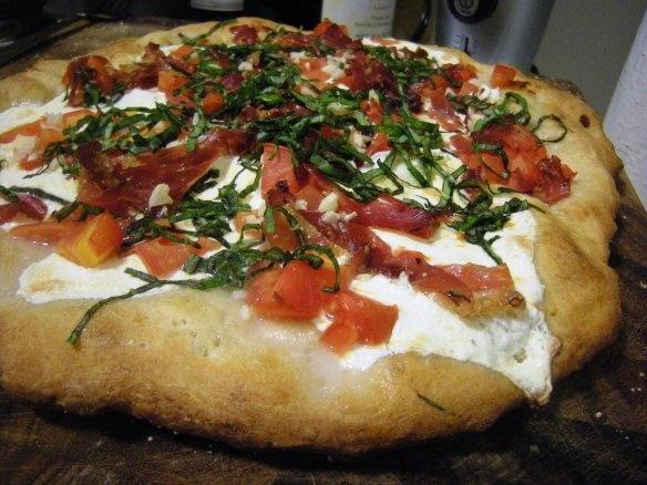 ... Margherita with Prosciutto: Tomato, Zucchini and Mahón Cheese Coca