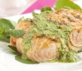 Grilled Salmon Fillet with Herb Yoghurt Sauce