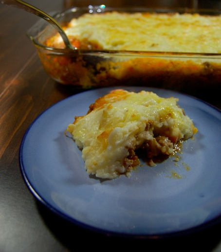 Hearty Cheddar Topped Shepherd's Pie | Food | Pinterest
