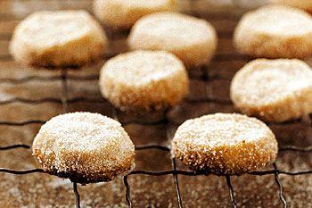 Hazelnut cookies - maybe add a dash of coffee extract? Hazelnut ...