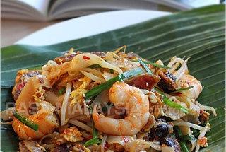 Char Kuey Teow (Penang Fried Flat Noodles)