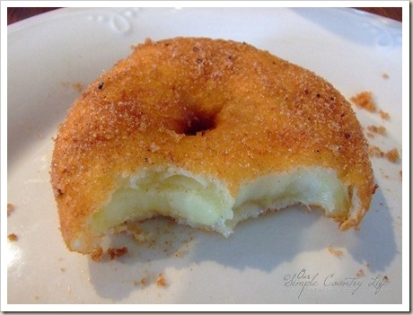 Apple Fritter Rings from @Our Simple Country Life! Yum!