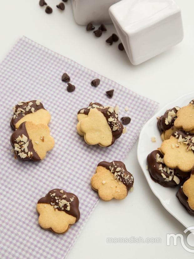 Dulce De Leche Sandwich Cookies | Recipe