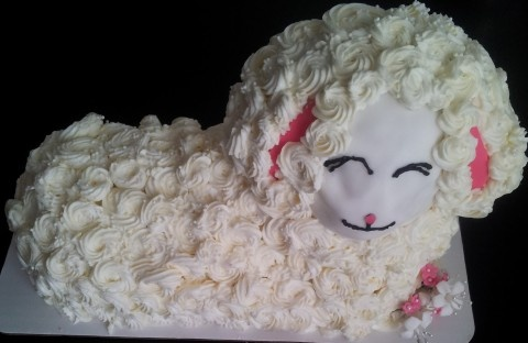 Easter lamb cake | Vanilla Bean Cake Studio Cake Gallery | Pinterest