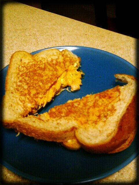 Buffalo grilled cheese sandwich   Grilled Sandwiches   Pinterest