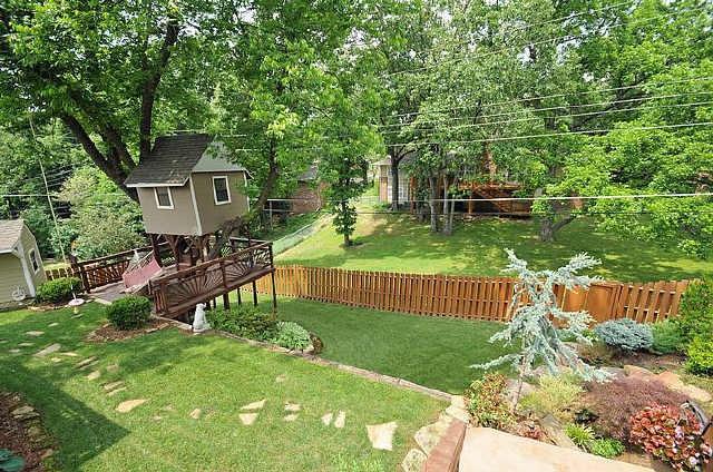 Two Tiered Backyard : Treehouse and tiered  garden backyard  Gardening  Pinterest