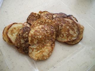 Banana Fritters | Primal/Paleo Desserts & Treats | Pinterest