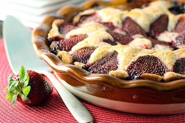 strawberry summer cake   strawberries   Pinterest
