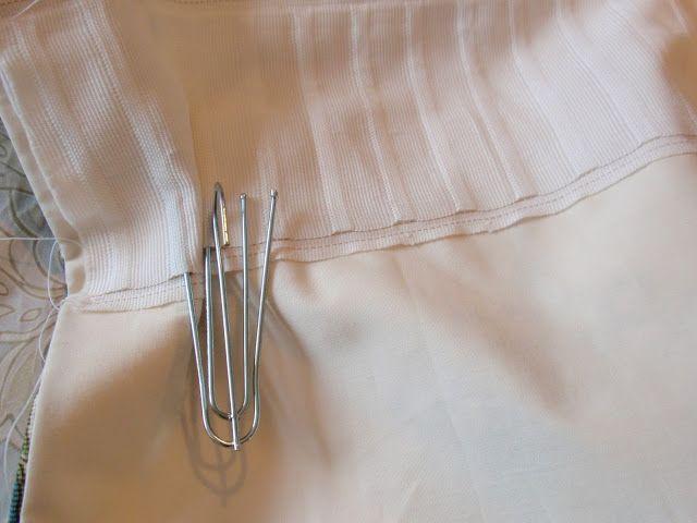 using pleater hooks to sew pinch-pleat drapes - genius!
